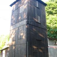 stara-lomnica-drewniany-transformator.jpg