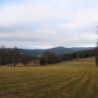trawienska-gora-widok-na-mala-borowkowa.jpg