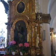 trzebnica-bazylika-wnetrze-oltarz-boczny-1