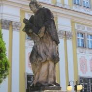 trzebnica-klasztor-nepomucen-2
