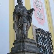 trzebnica-klasztor-portal-3