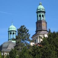 trzebnica-klasztor-wieze