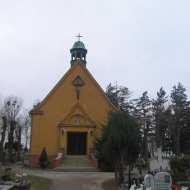 trzebnica-cmentarz-ul-prusicka-kaplica-1