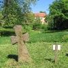 wierzbna-klasztor-krzyze-kamienne-11