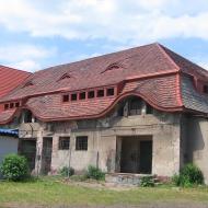 zawisc-palac-folwark