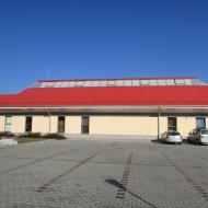 zerniki-wroclawskie-ul-kolejowa-szkola-01